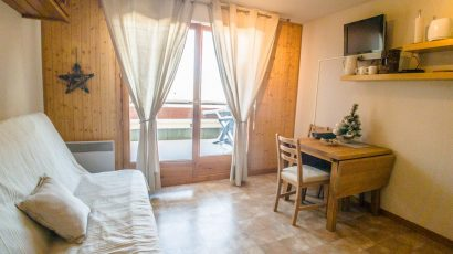 1 Studio – 59500€ – Ours Blanc – 1794²
